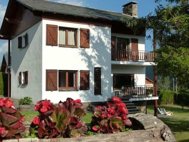 Les Alzines 2 - Planoles - Dům pro hosty