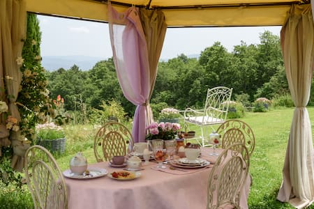 B&B Fattoria La Parita - Suite in campagna Toscana