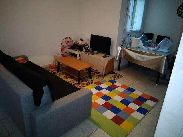 Chambre privée et couchages ds T3 chaleureux
