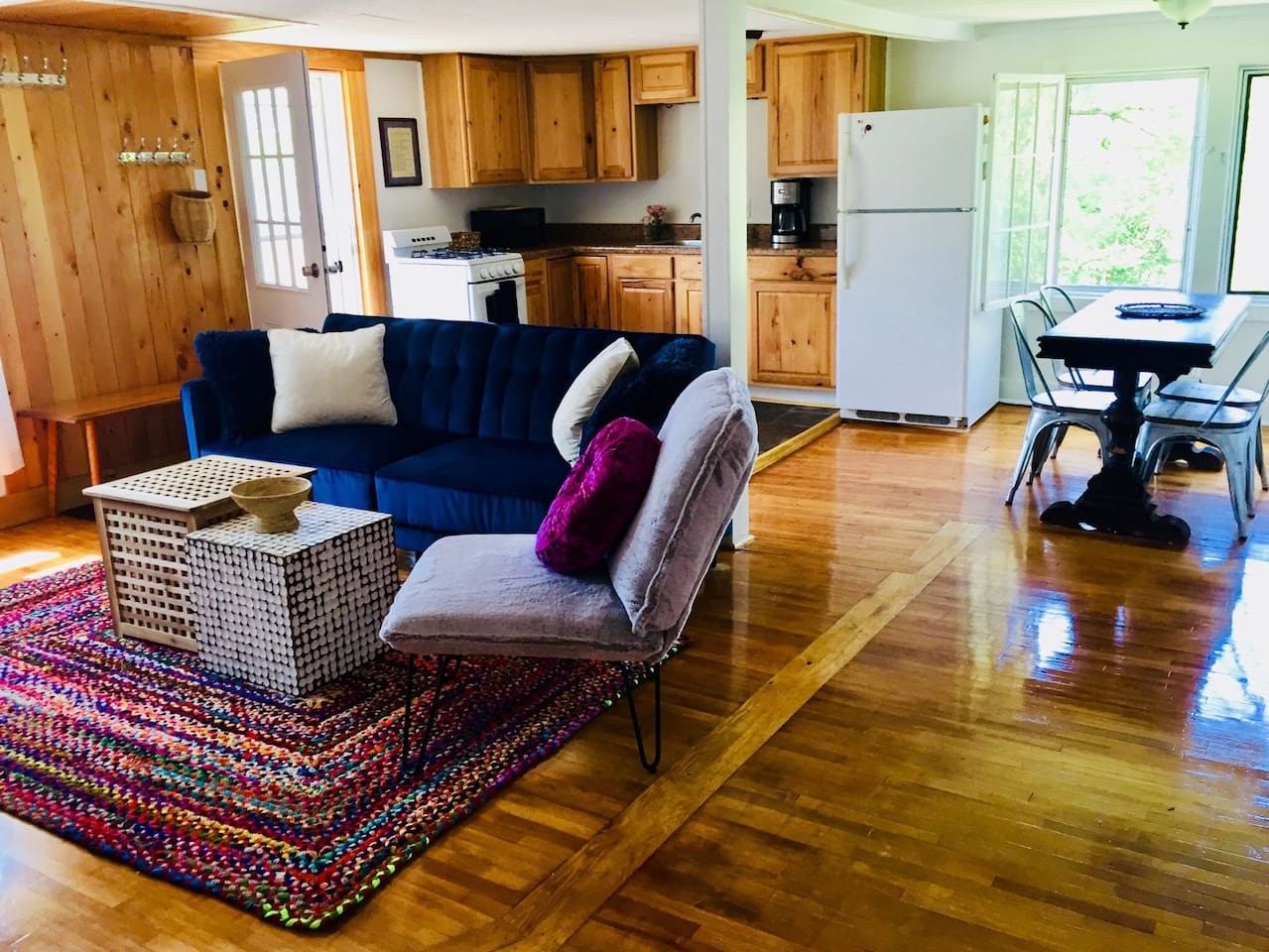 Comfy upstairs unit with views of Mt. Mansfield!