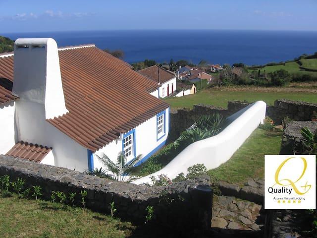 Casa do Recato - Povoação - Villa