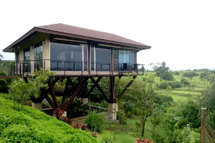 Unexplora,The Lake view villa at Vaitarna-Igatpuri - Igatpuri - Vila