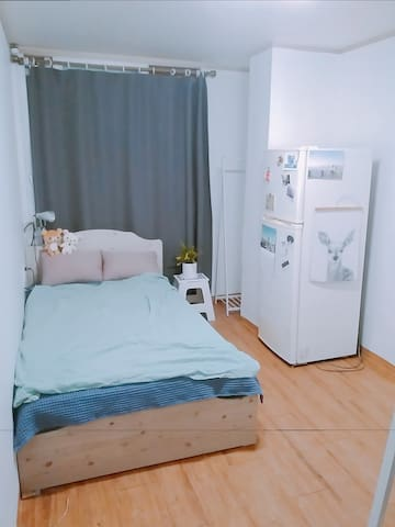 Cozy & Clean Room (Center of Seoul)