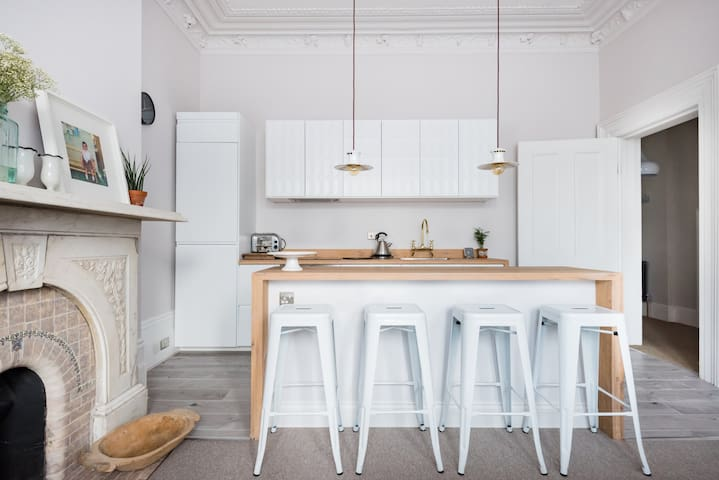 Luxurious Period Flat, Cool & Calm in central Hove
