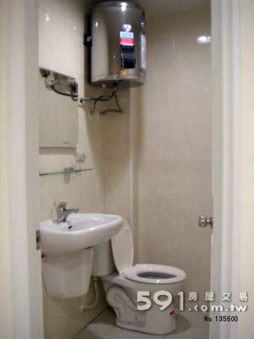 Toilet 廁所