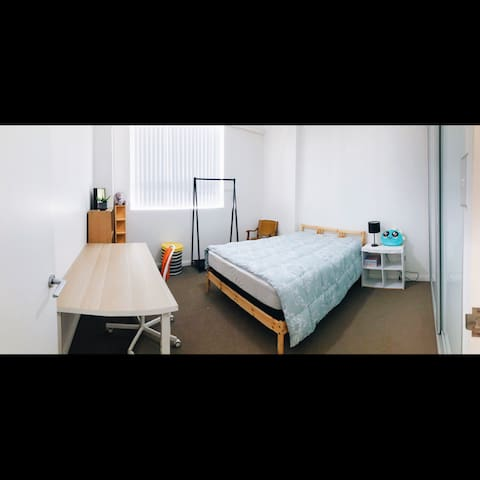Spacious double bedroom in a brand new apartment!!