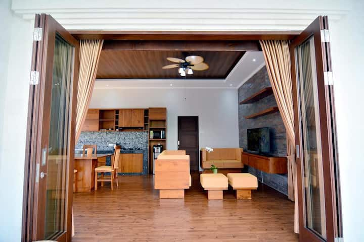 Umalas 3 Bedroom Pool near Jays Restaurant