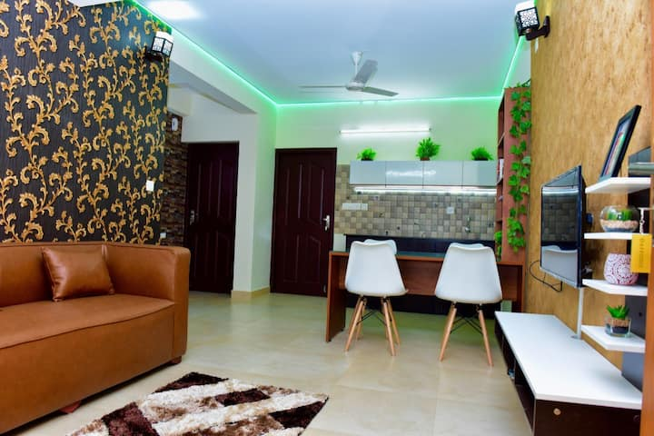 "Green Royale ""Daffodil"" Premium Serviced Apartment"