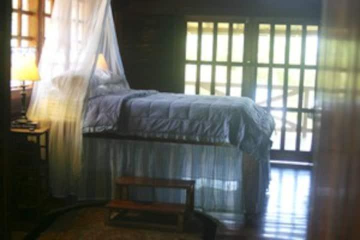 Montezuma Beach House Suites
