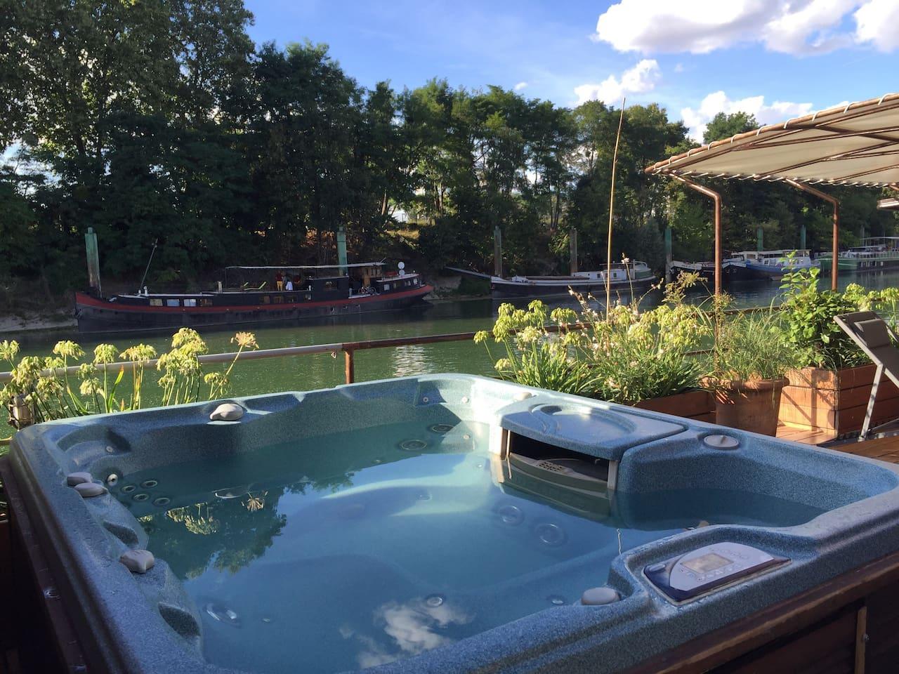 Orignal  River Boat 80sqm with Private Hot Tube