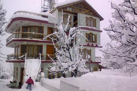 Bella Marina  Villa 1 - Kullu - Aamiaismajoitus