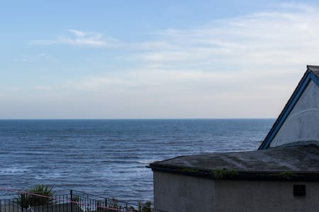 Large modern light 2 bed apartment by the sea - Lyme Regis - Wohnung