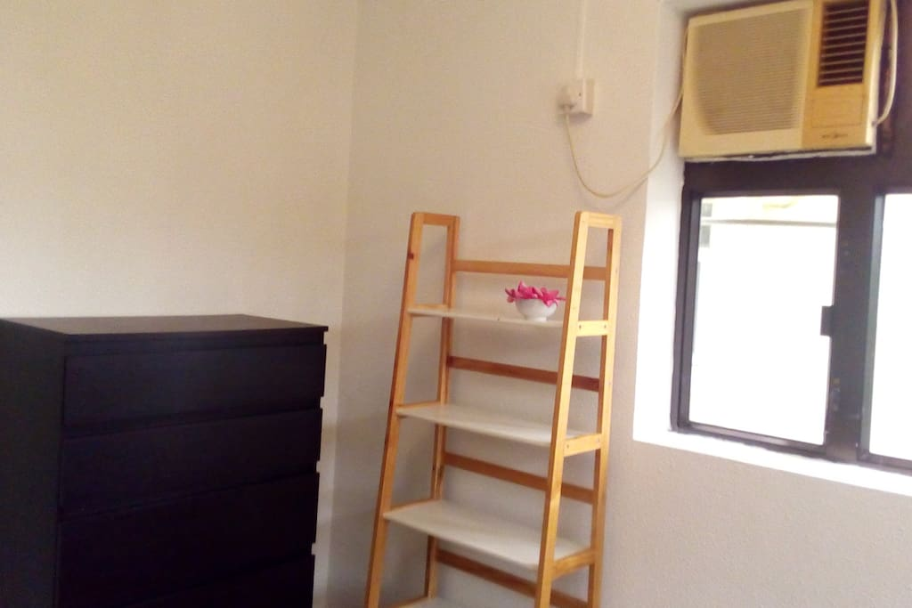 2.10 m x 3.40 m. 2 windows. Double bed. Furniture may change slightly, but will always provide storage