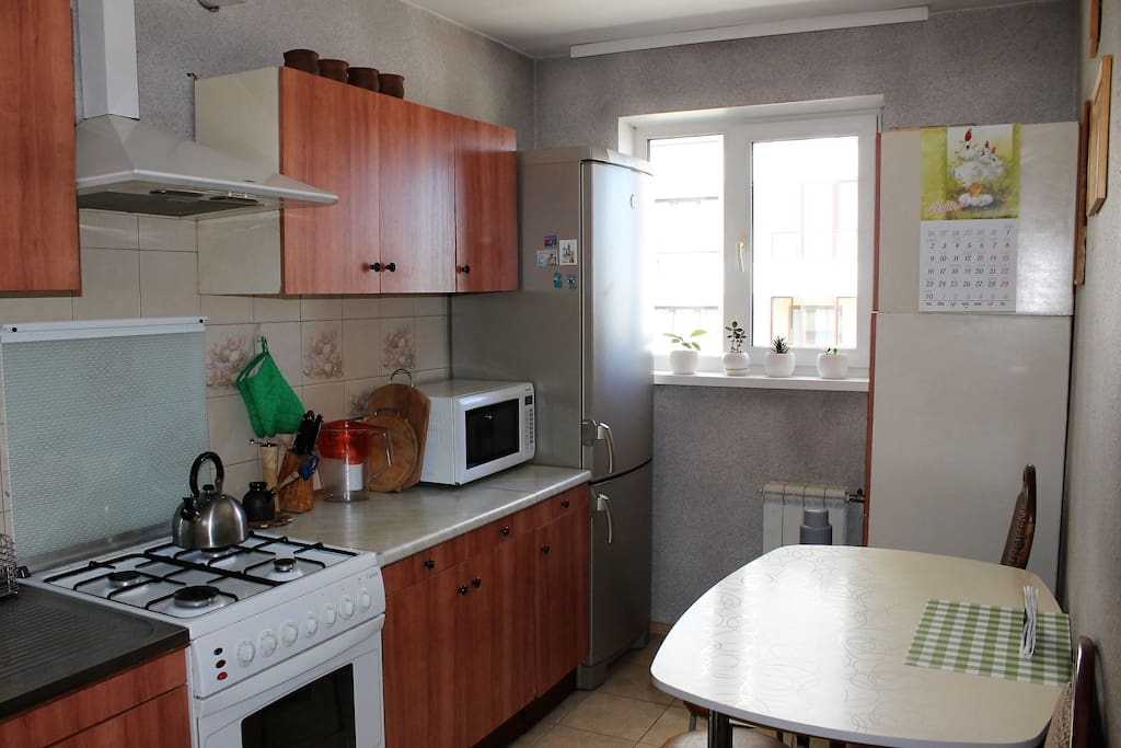 Kitchen: Fridge, microwave, kettle