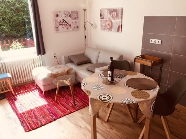 Ferienwohnung Emil mit Terrasse