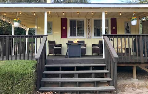 Stay in the Country at the Wine Country Cottage