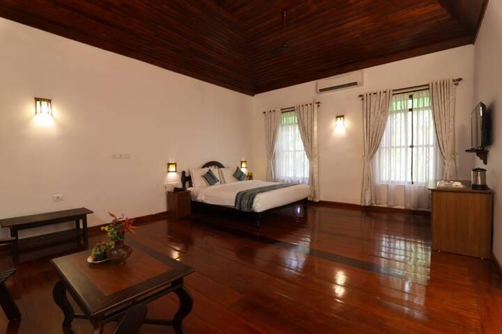 Twitcher's Room| Luxury 1 BR near Vembanad Lake