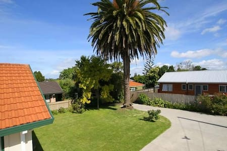 Cozy room near the airport #pickups - Auckland - House