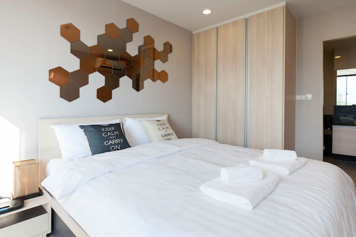 ❤Luxury room in hippest area Nimman/mountain view