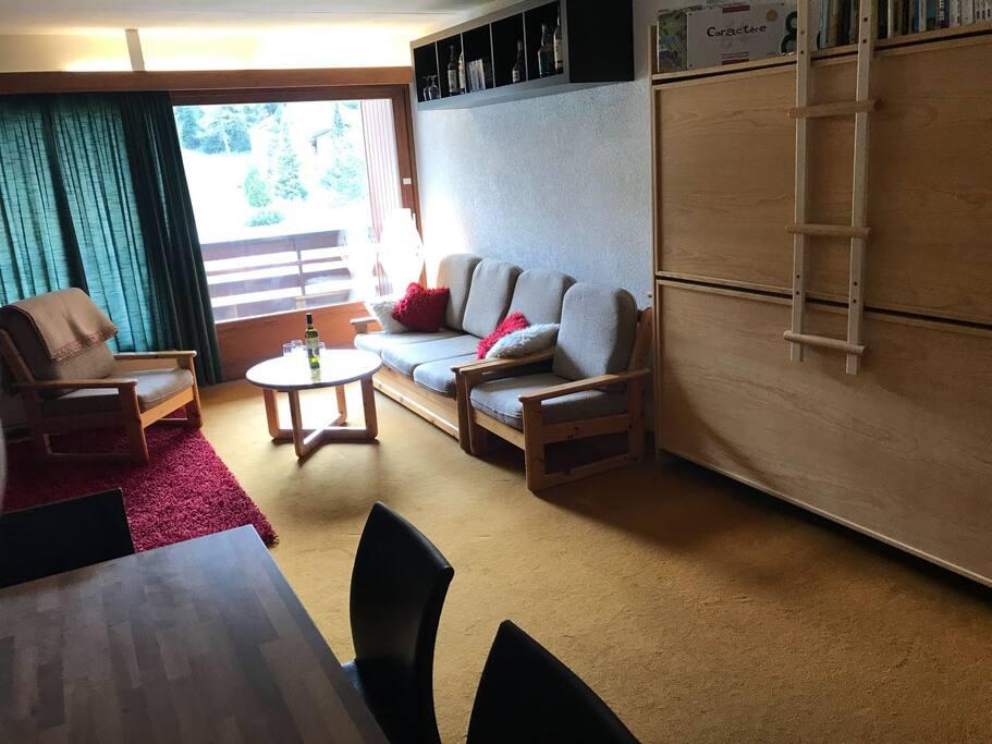 Salon - salle à manger - espace commun - chambre 2