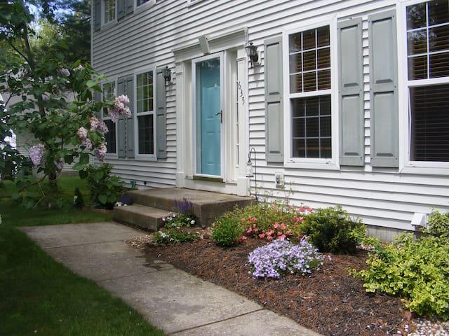 Large family home in Saratoga NY