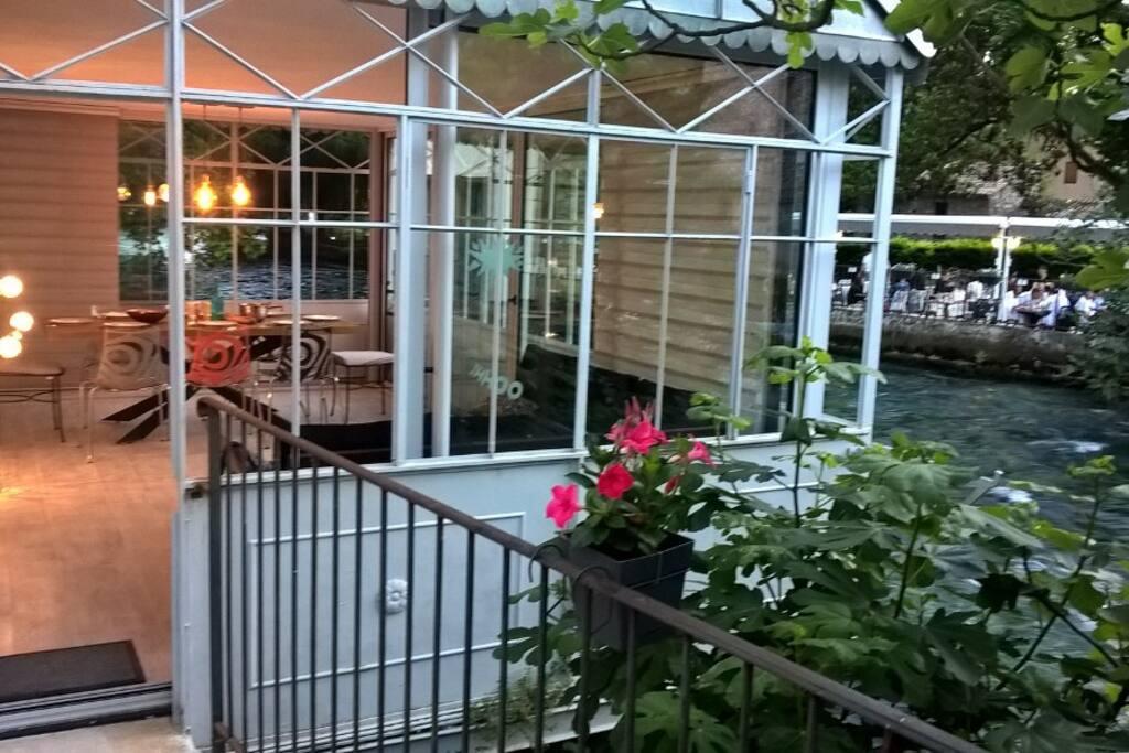 Un début de soirée vu de la terrasse