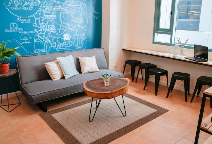 Two-Bedrooms Delight- at BGC, good for 7 @Indigo