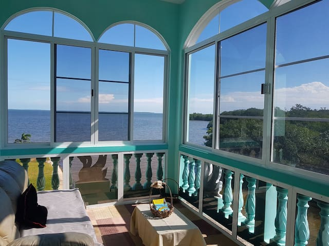 See Belize 1-BR Sea View Sunroom Escape