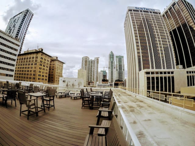Penthouse Downtown & Port of Miami/Sleeps up to 6p