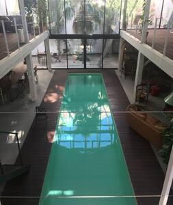 Au calme en ville, très beau loft et sa piscine - Marseille
