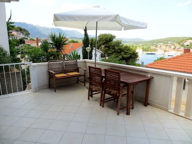 Nice ap.- Sea View & Terrace!!