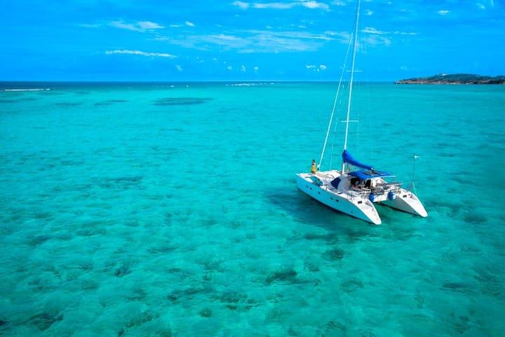 Wellness catamaran Yemaya in amazing Ionian sea
