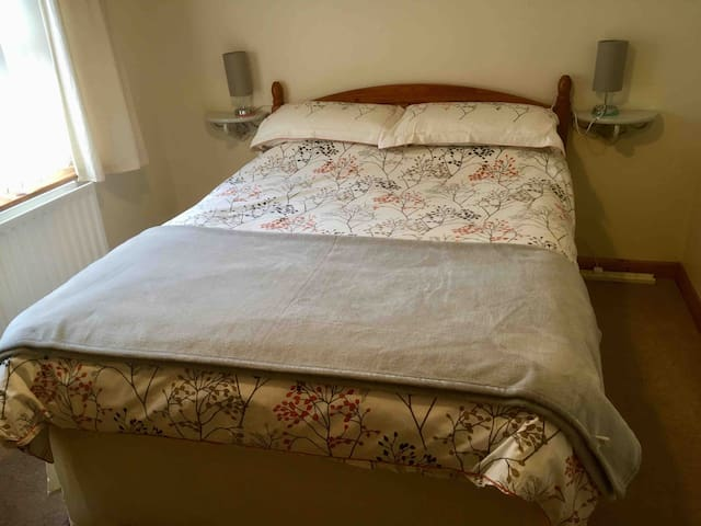 Master bedroom with washing facility