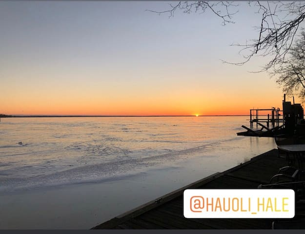 View of the sunrise over Lake St. Clair. More pictures on Instagram: hauoli_hale