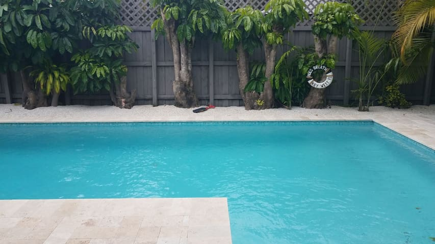 Beautiful family house with pool - Miami - Huis