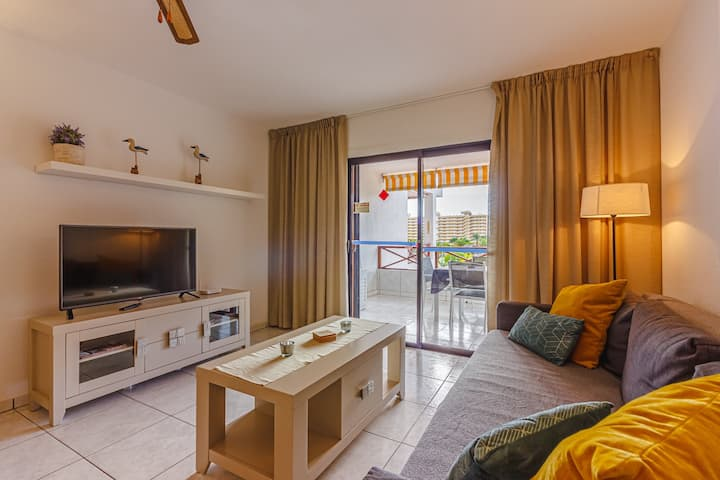 Complex with swimming pool in Los Cristianos+Wi Fi