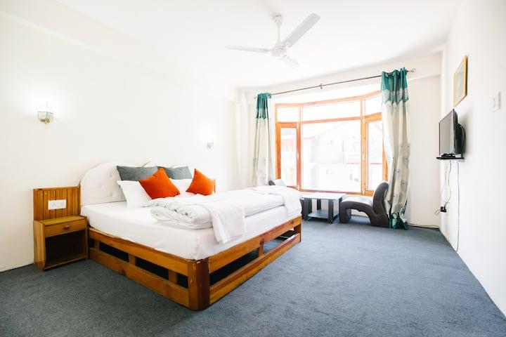 Cosy Room In Serena at Manali 202
