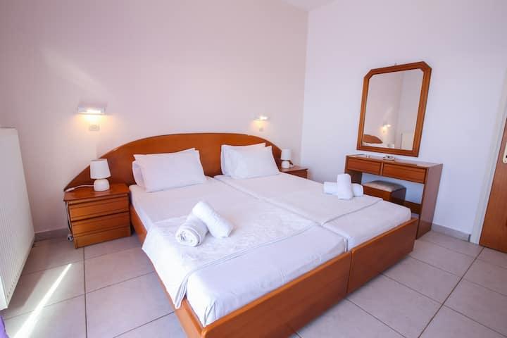 S&C Kosmos beach Apartment 1 bedroom side seaview