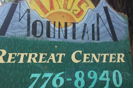 Group Rental, Large, Relaxing, Near Ski Valley