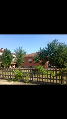 villetta indipendente a Pontremoli con giardino - Pontremoli - Villa