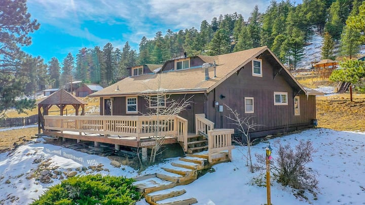 Big Colorado Cabin w/Character - 5th nt 1/2 off!