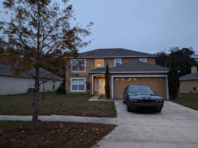 Great home in East Orlando / UCF Area - Orlando - Casa