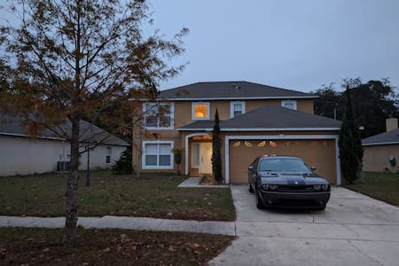 Great home in East Orlando / UCF Area - Orlando - House