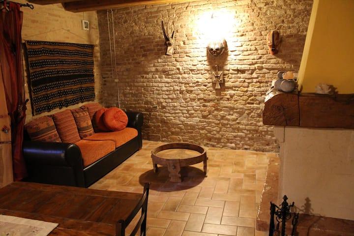 IL NIDO DELLA RONDINE: vacanza nel borgo medievale