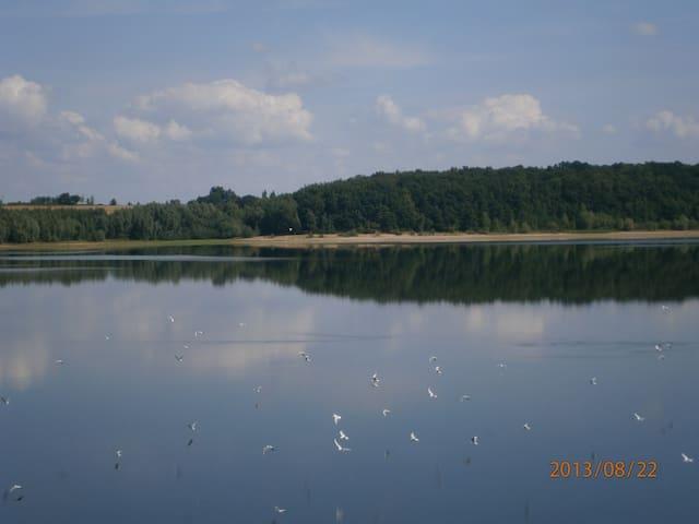 Zaciszny dom z widokiem na jezioro - Słup - Casa