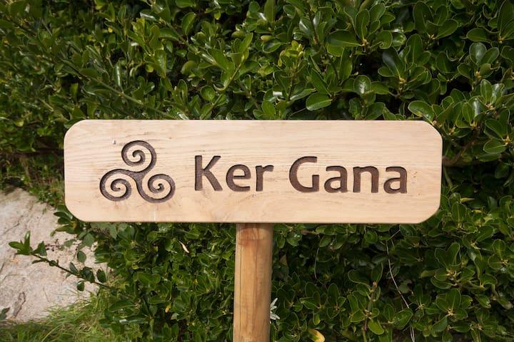 Jacuzzi, sauna et poêle à bois à Ker Gana Ouest