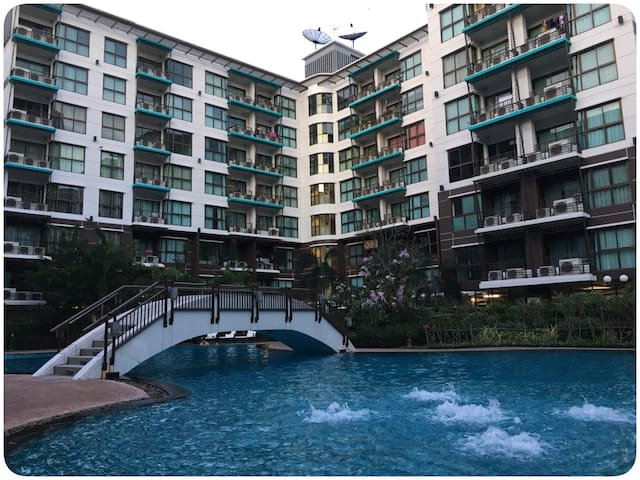1BR, Swimming Pool View, 5th FL. - Pak Kret - Appartement