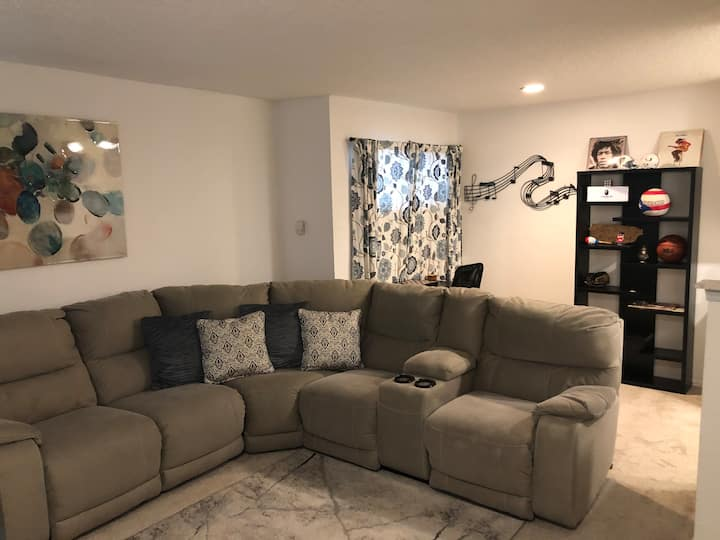 Sloans lake townhouse; 10 min from downtown Denver