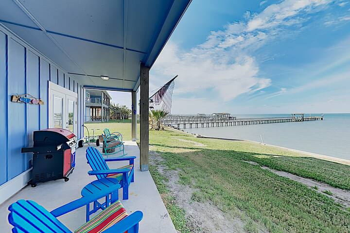 New Listing! Bella Costa – Waterfront Pool & Pier