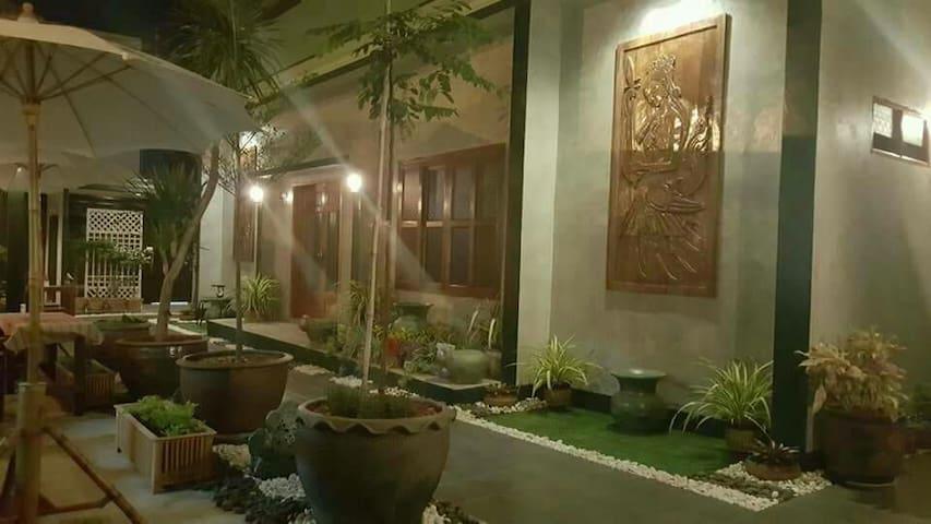 PK Hostel Ayutthaya City
